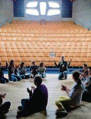 Kreativität und kognitives Wissen der Schüler möchte die Steiner-Schule gleichermassen fördern. (Bilder: Coralie Wenger)