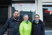 Das Café Team (von links): Raphael Müller, Monika Stillhart, Mirjam Müller (Alexandra Stillhart fehlt). (Bild: Noëlle Lee)