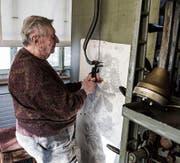 Hans Bürkler arbeitete 66 Jahre lang am Pantografen. (Bild: Sabrina Stübi)