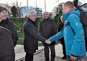 Gemeindepräsident Roland Wälter wünschte den Besuchern alles Gute fürs neue Jahr. (Bild: René Jann)