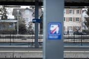 Am Bahnhof Wil fühlen sich viele Pendler vor allem abends unsicher. (Bild: Michel Canonica/Archiv)