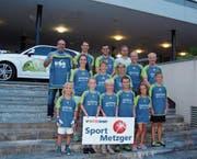 Neue Fussballtrikots für den Skiclub Ulisbach (Bild: PD)