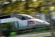 Dank Ostschweizer Know-how kann im TGV auch bei rasanter Fahrt drahtlos kommuniziert werden. (Bild: Loïc Venance/AFP (Nantes, 8. November 2017))