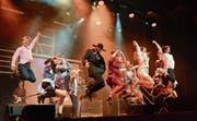 Die Darstellerinnen und Darsteller des Londoner West End Theaters begeistern mit spektakulären Tanzszenen und ausgefeilter Choreografie. (Bild: Christine Gregorin)
