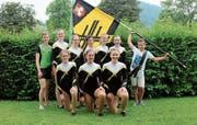 Die Gruppe Stufenbarren des Turnvereins Bütschwil erfreut sich am erreichten Resultat. (Bild: PD)