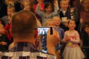 Der erste Schultag ist bei Eltern ein beliebtes Fotosujet. (Bild: Getty (Symbolbild))