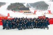 Ein Gruppenbild zum Abschluss: Die Olympischen Spiele 2018 in Südkorea sind auch für Beni Giger und sein Team vorbei. (Bild: PD)