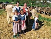 Hat die Experten in Krinau am meisten beeindruckt: «Glenardo»-Tochter «Zeisi» von David und Andrea Roth-Bleiker aus Kengelbach. (Bild: Anna Gasser)