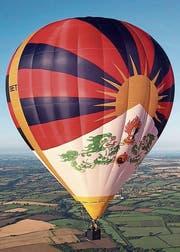 Der Heissluftballon mit der tibetischen Nationalflagge kann nicht an den Ballontagen, aber dennoch in Ebnat-Kappel landen. (Bild: PD)