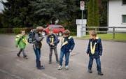 Seit den Frühlingsferien gehört die Strasse zum Schulhaus Steig in Wittenbach den Schulkindern. (Bild: Benjamin Manser)