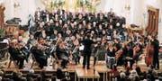 Karl Hardegger dirigierte in der Auer Kirche feierliche Weihnachtsmusik. (Bild: Max Pflüger)