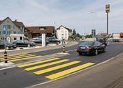 Die neue, zweispurige Einfahrt in den Kreisel Sonnmatt in Wil. (Bild: Hans Suter)