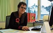 Heidi Bühler leitet seit vergangenem Sommer die Beratungsstelle für Familienplanung, Schwangerschaft und Sexualität an der Bahnhofstrasse in Wattwil. Die Fachfrau hat unter anderem eine Ausbildung in Sozialer Arbeit absolviert. (Bild: Anina Rütsche)