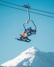Skifahren im Nachbarland wird im Winter 2017/2018 bis zu acht Prozent teurer. (Bild: Archiv/Benjamin Manser)