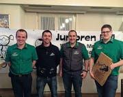 Team des Jahres (von links): Markus und Lukas Schönenberger, Präsident Gregor Schnellmann, sowie der RMVler des Jahres, Pascal Schönenberger. (Bild: PD)