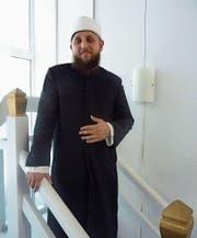 Imam Kabil Idrizi in der arabischen Moschee in Wil. (Bild: Daniel Wallimann)