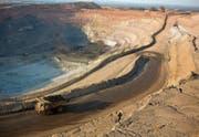 Kupfermine in der Demokratischen Republik Kongo: für Glencore Chance und Risiko zugleich. (Bild: Per-Anders Petersson/Getty (Kolzewi, 6. Juli 2016))