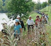 Seit 1978 hat sich die Bürgerwanderung (im Bild am Wenigerweier) mit heute jeweils 800 bis 1000 Teilnehmern zum erfolgreichsten Anlass der Ortsbürgergemeinde St. Gallen entwickelt. (Bild: Ralph Ribi (16. September 2007))