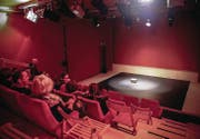 Das Theater 111 in St. Fiden: Der Kanton unterstützt den weiteren Ausbau der Infrastruktur mit einem Lotteriefondsbeitrag von 14 000 Franken. (Archivbild: Jonny Schai)