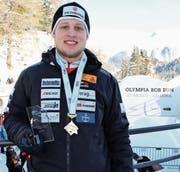 Eine Bronzemedaille, die gemischte Gefühle auslöst: Marco Tanner wurde im Viererbob von Beat Hefti an der Schweizer Meisterschaft in St. Moritz Dritter. (Bild: pd)