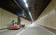 Nach dem 2. Oktober verfügt der Arlbergtunnel nicht nur über eine LED-Beleuchtung, sondern auch über Thermoscanner, eine Hochdruck-Sprühnebel-Anlage und ein akustisches Tunnel-Monitoring. (Bild: pd/Asfinag)