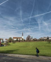 Im Gebiet Neuhus, direkt an der Romanshornerstrasse, will die Migros voraussichtlich ab Herbst 2018 ihr Provisorium eröffnen. (Bild: Michel Canonica (1. Februar 2012))