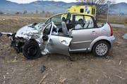 Einer der beiden Unfallwagen. (Bild: Kapo SG)