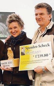 Schlagersängerin Marleen mit Zoodirektor Ernst Federer. (Bild: pd)