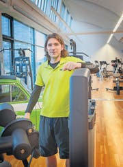 Von der Fussball-Arena ins Fitness-Zentrum: Marc Zellweger an seinem neuen Arbeitsplatz in Rorschach. (Bild: Ralph Ribi)