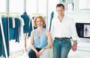 Catarina Dahlin und Andreas Lenzhofer haben Hightech-Pyjamas aus Naturfaser zur Marktreife gebracht. (Bild: PD)