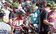 Grossandrang vor dem siebten Bergrennen «Uf da Töni»: 139 Radsportlerinnen und Radsportler bezwangen die auf 10,7 Kilometer verteilten 645 Höhenmeter von Altstätten auf den St. Anton. (Bilder: Ulrike Huber)