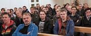 Hundert katholische Kirchbürger und 102 Ortsbürger nahmen an den beiden Bürgerversammlungen vom Freitagabend teil. (Bild: Max Pflüger)
