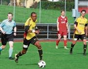 Emoefe Emuejeraye traf gegen den Leader gleich zweimal. (Bild: Günther Böhler)