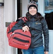 Reisebereit: Ramona Forchini fliegt heute nach Zypern und bereitet sich auf der Mittelmeerinsel auf die am 10. März in Südafrika beginnende Weltcup-Saison vor. (Bild: Beat Lanzendorfer)