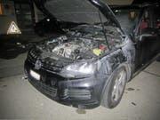 Blick in den Motorraum des Wagens. (Bild: Stapo SG)