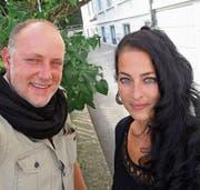 Jürgen Kratzer und Bianca Dörig freuen sich auf kreative Namensvorschläge für den Jugendtreff. (Bild: sk)