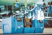 Intelligente Behälter und Regale sammeln Daten über die einzelnen Produkte. Das hilft den Fabriken in der Logistik. (Bild: Ralph Ribi)