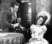 Eines der frühen Bilder aus dem Theaterarchiv: 1944 kommen sich in Joseph Lanners Operette «Alt Wien» zwei Verliebte nah.