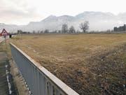 Die Ortsgemeinde Schmitter muss für die Autobahn-Anschlussstelle Rheintal Mitte an der Schweizer Strasse bei der Unterführung etwa 6500 m2 Boden abtreten. Als Realersatz stellt die Asfinag eine gleich grosse Fläche zwischen Lauterach und Wolfurt in Aussicht. (Bild: Kurt Latzer)