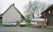 Das Haus, in dem der IV-Rentner gelebt hat, kurz nach seinem gewaltsamen Tod. (Bild: Reto Martin (Kümmertshausen, 22. November 2010))
