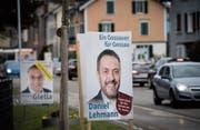 Kurz vor dem Wahlsonntag markieren die Kandidaten für das Stadtpräsidium nicht nur entlang der St. Gallerstrasse Präsenz. (Bild: Ralph Ribi)