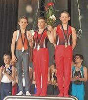 Von links nach rechts: Lauro Willi, TV Maienfeld, Selim Arnaut und Robin Loher. (Bild: pd)