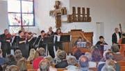 Eingangs spielten die Lehrer der Musikschule Unteres Rheintal ein Stück von Johann Sebastian Bach. (Bilder: Ulrike Huber)