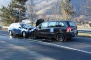 An beiden Unfallwagen entstand Totalschaden. (Bild: Kapo SG)