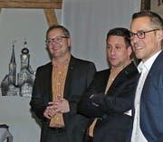 Vorfreude auf starke Gastmannschaften (von rechts): Matthias Hüppi, CEO der FC St. Gallen AG, mit Michael Zeller und Urs Schneider, dem Vize und dem Präsidenten des Altstätter U19-Turniers. (Bild: Ulrike Huber)
