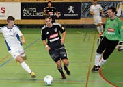 Mergim Osmani (rechts) kehrt nach einem halben Jahr bei seinem Stammverein Montlingen zum FC Au-Berneck zurück. (Bilder: Yves Solenthaler)