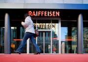 In Hefenhausen versuchte ein bewaffneter Mann eine Raiffeisenbank zu überfallen. (Bild: Keystone/Symbolbild)