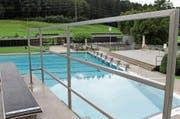 Ist seit Jahren eine beliebte Adresse für Einbrecher: das Flawiler Schwimmbad Böden. (Archivbild: Andrea Häusler)