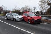 Die Fahrzeuge verkeilten sich ineinander. (Bild: Kapo SG)