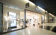 15_Shoppng_Arena_Mango.jpg